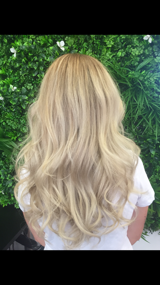 gold-coast-hair-dresser-blonde-balayage-soft