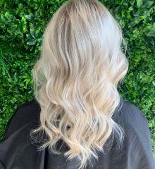 full-head-platinum-blonde-foils