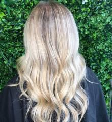 gold-coast-hair-dresser-soft-blonde-balayage-jamie