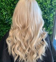 scalp-bleach-platinum-blonde