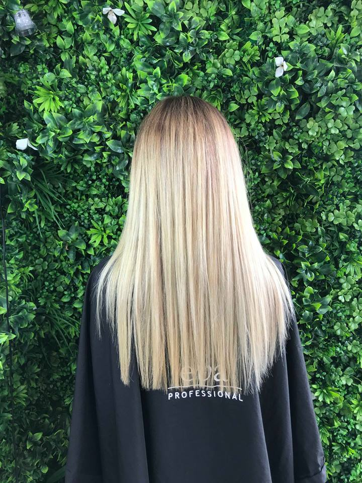 gold-coast-hair-dresser-long-blonde-balayage-jaime