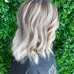 Balayage-Blonde-Hair-La-Natural-Demelza-1