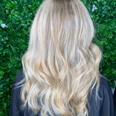 Balayage-Blonde-Hair-La-Natural-Demelza