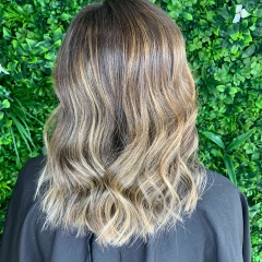 Demelza-Hair-La-Natural-gold-Coast-Stylist-1
