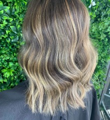 demelza-gold-coast-hair-dresser-cool-tones-balayage