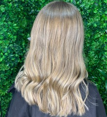 demelza-gold-coast-hair-dresser-soft-blonde-balayage